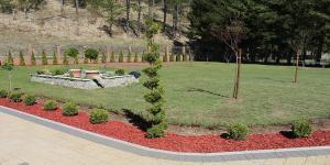 Trnovo vrt smaragd travnik 10