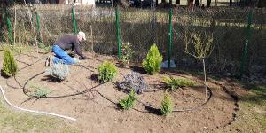 Trnovo vrt smaragd travnik 2