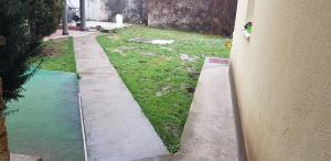postavljanje busjena travnik 2