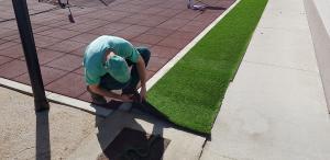 Postavljanje umjetne trave_Smaragd travnik_1
